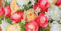 comprar rosas artificiales baratas