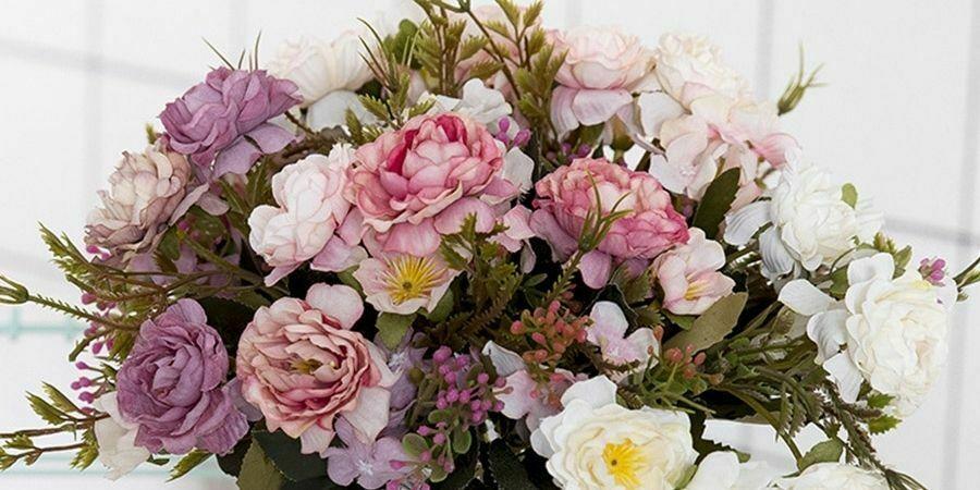 flores artificiales decorativas